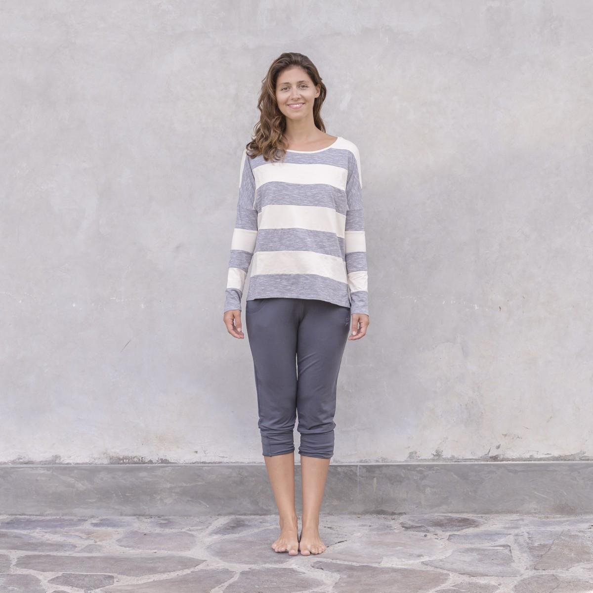 Sweater Siri
